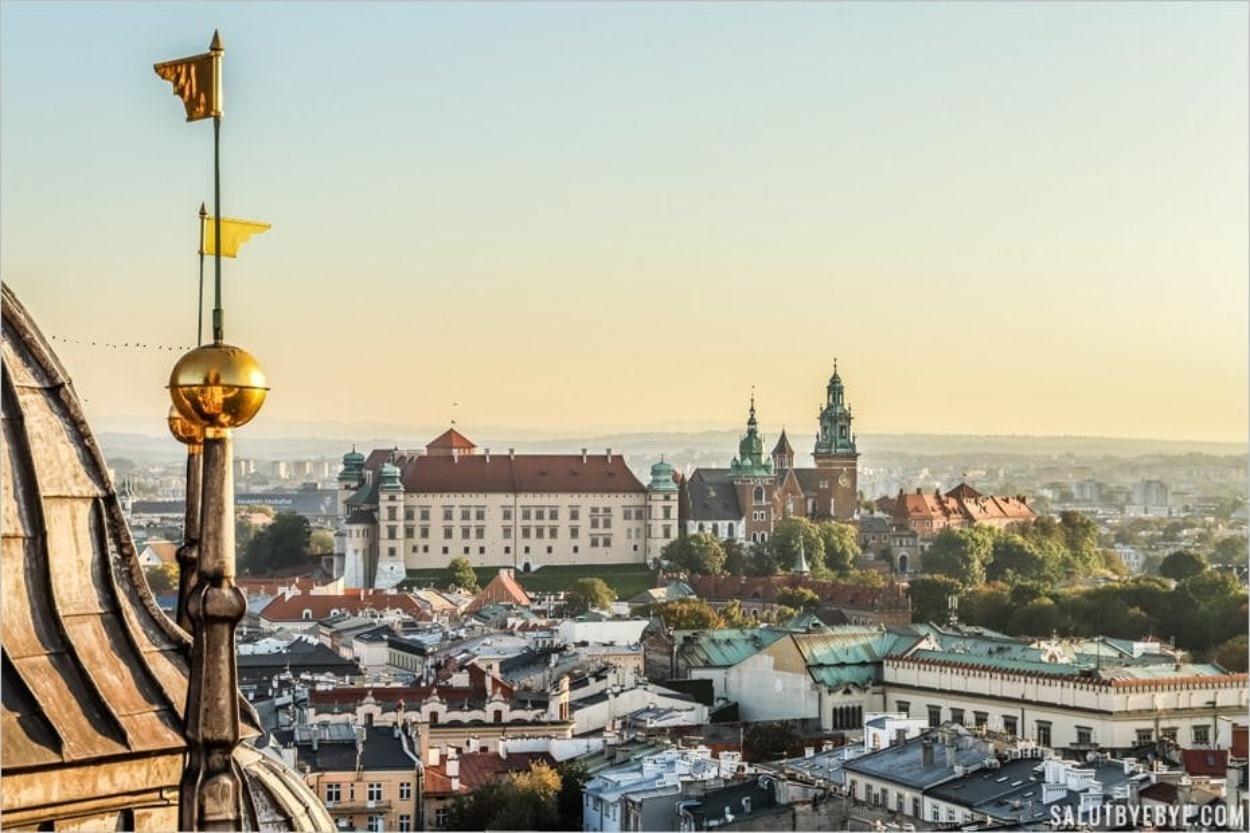 Vue sur le château du Wawel depuis la basilique de Cracovie