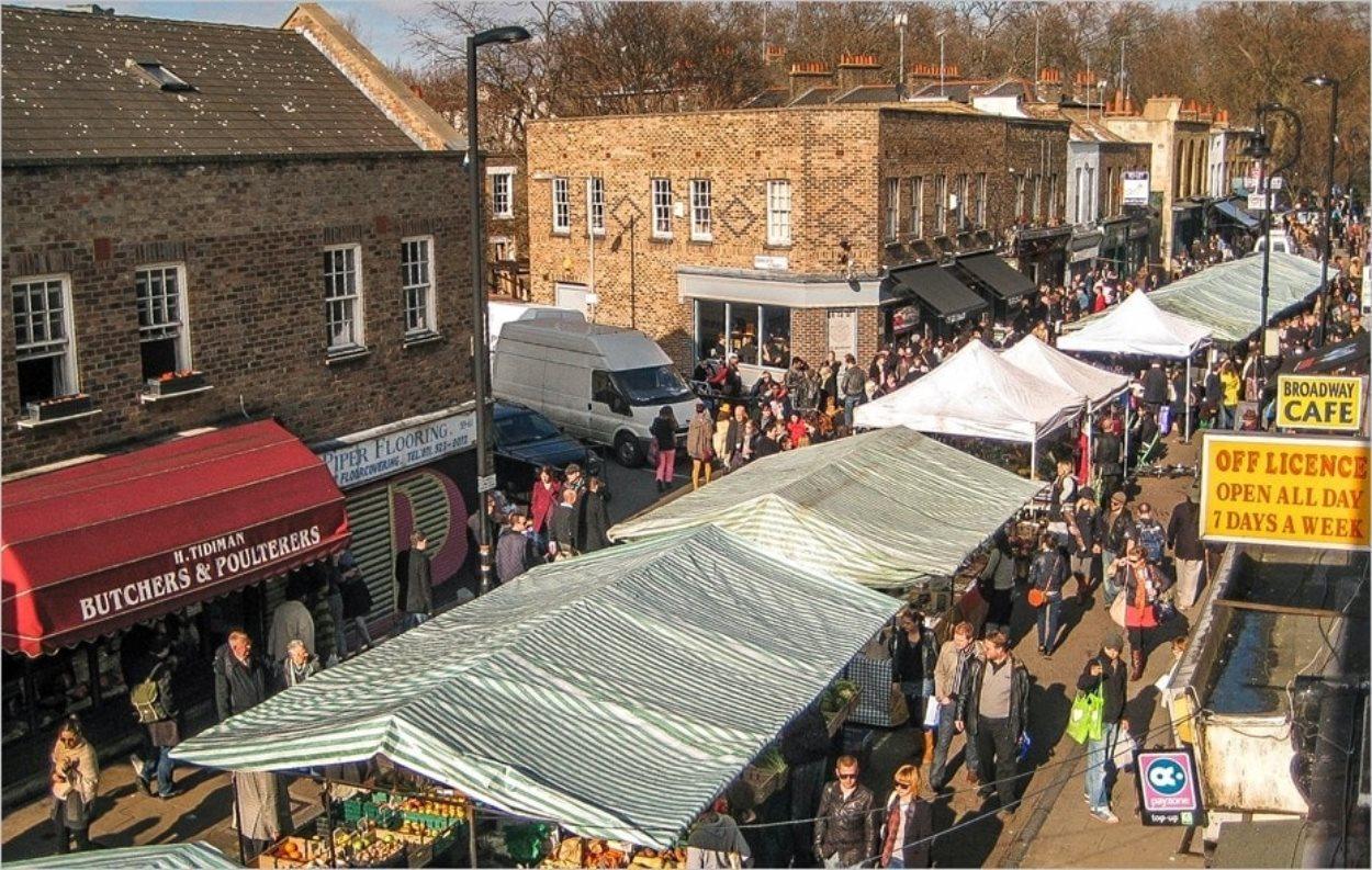Le Broadway Market à Londres un samedi