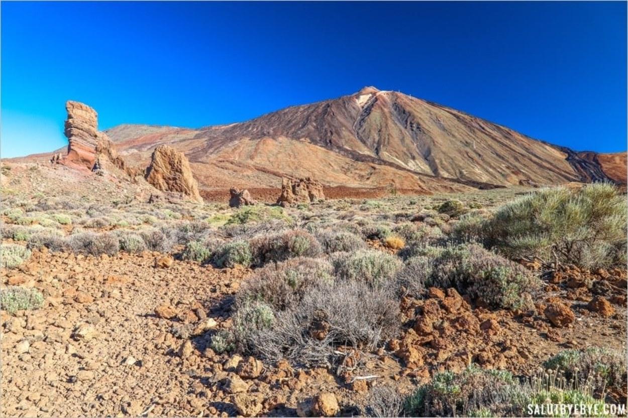 Marcher dans le Parc National du Teide, c'est gratuit