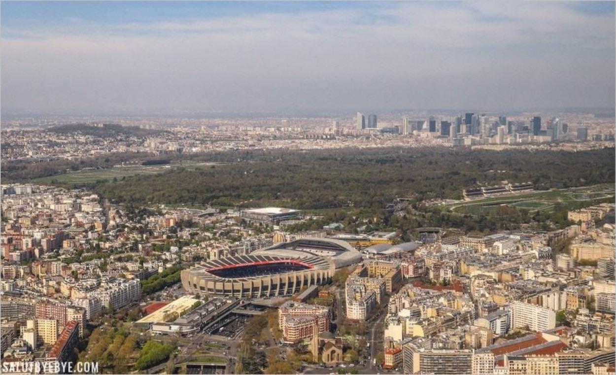 Vol en hélicoptère à l'ouest de Paris