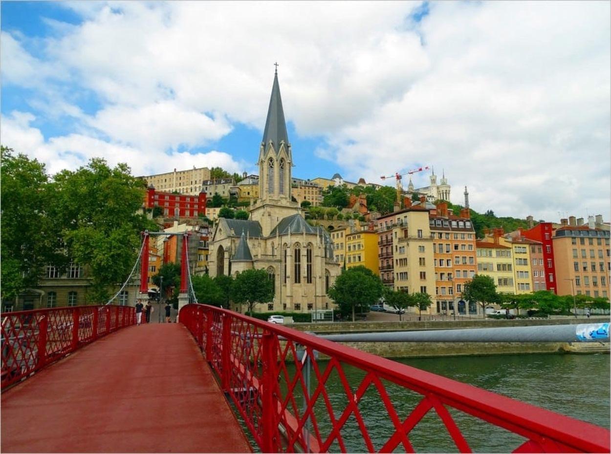 Visiter Lyon sans permis de conduire