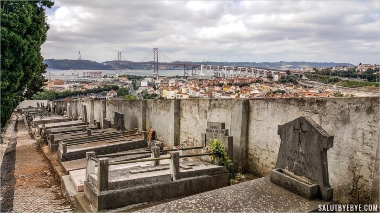 Vue depuis le cimetière dos Prazeres