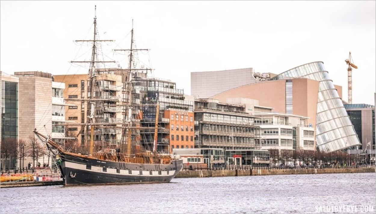 Visite du Jeanie Johnston à Dublin, bateau de la Grande Famine en Irlande