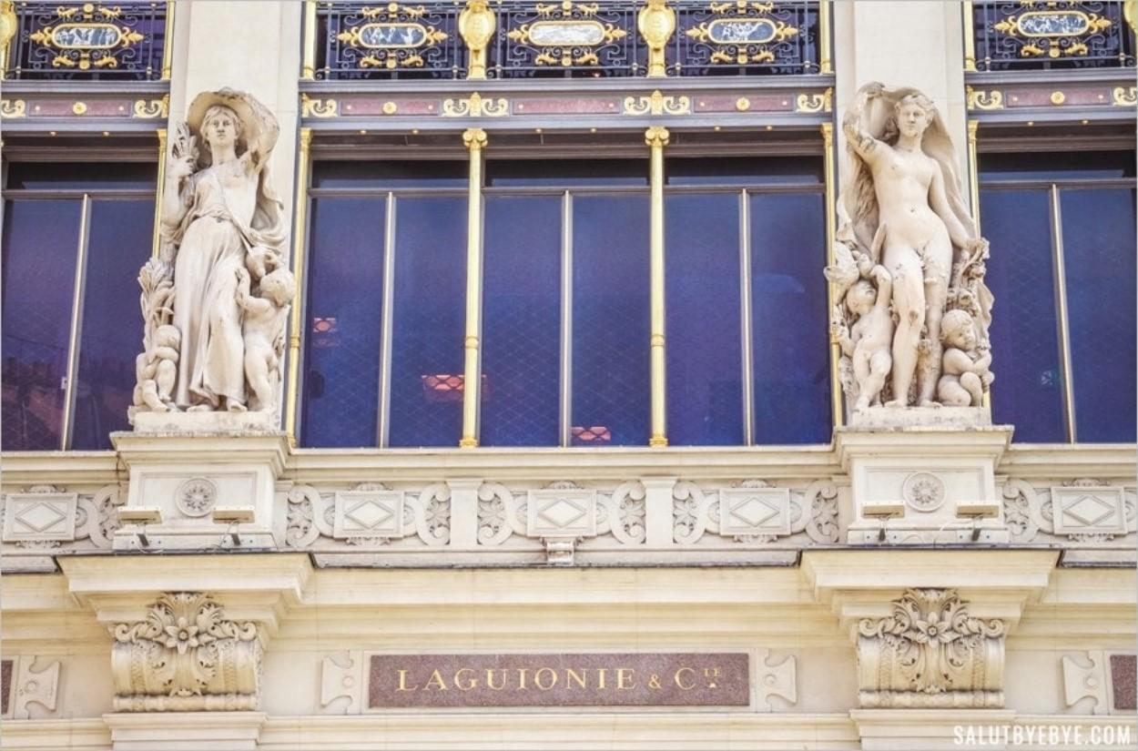 Sculptures d'Henri Chapu sur la façade du Printemps de l'Homme
