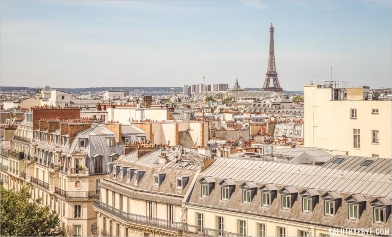 La Tour Eiffel vue depuis le Printemps de l'Homme