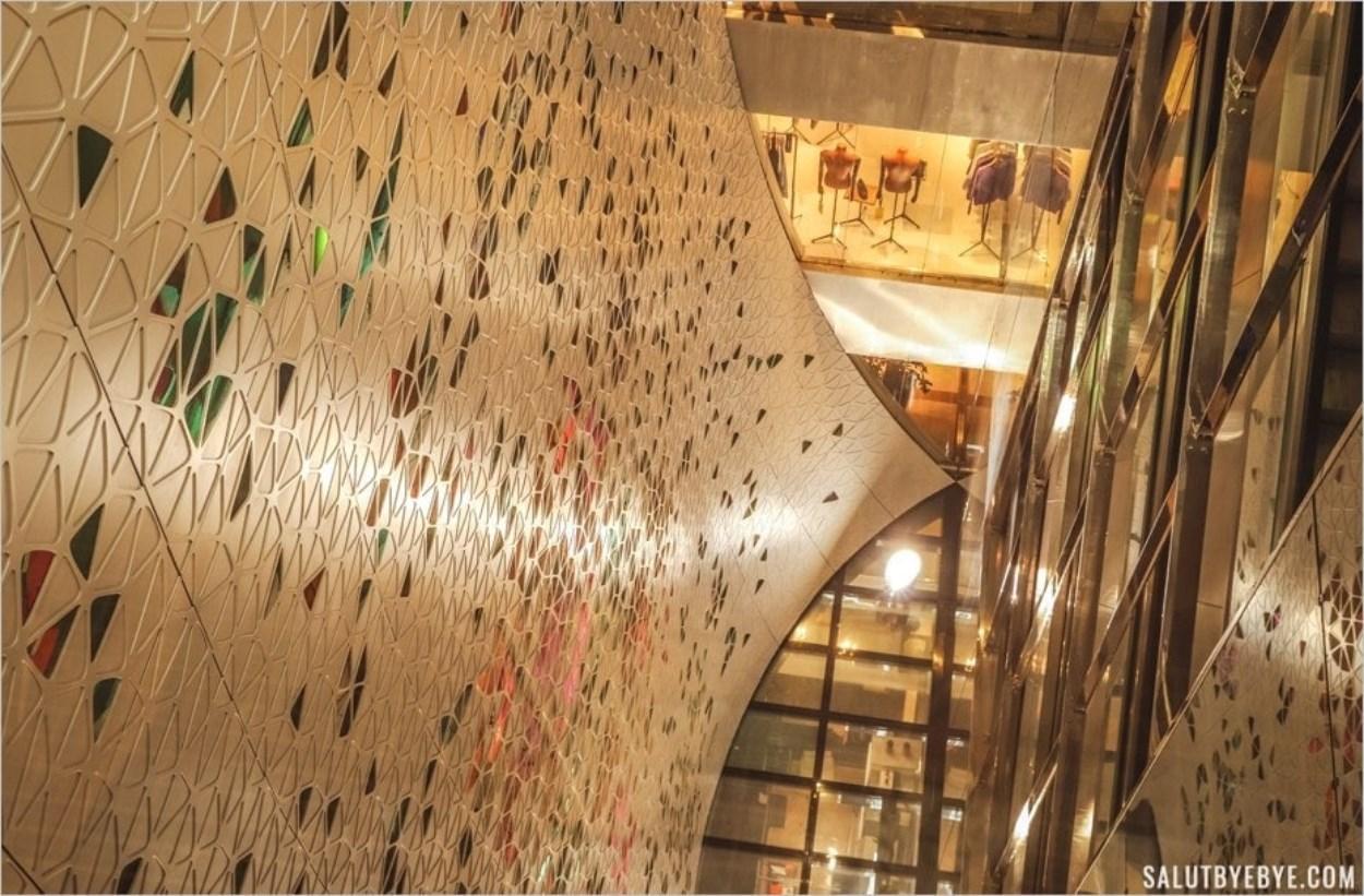 Voile ornée de verre dichroïque - Printemps à Paris