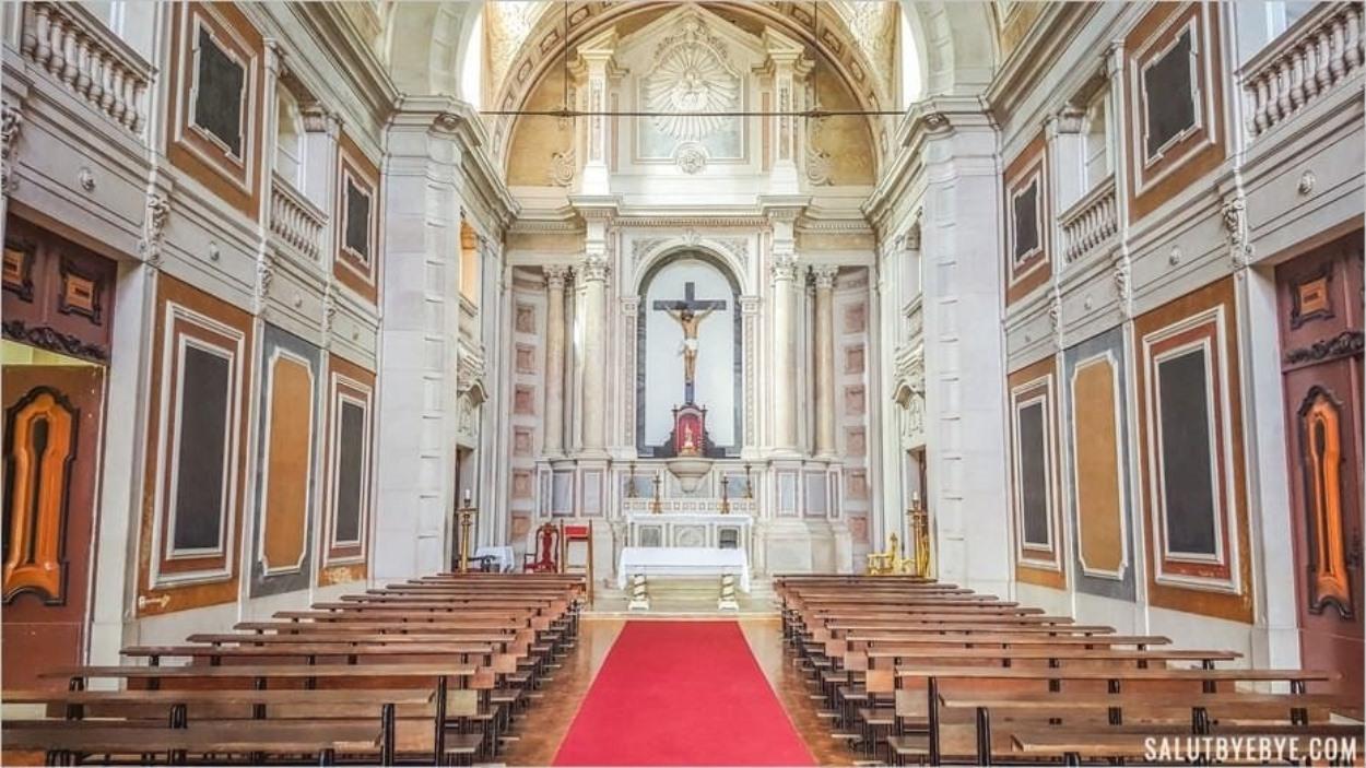 La chapelle du cimetière dos Prazeres