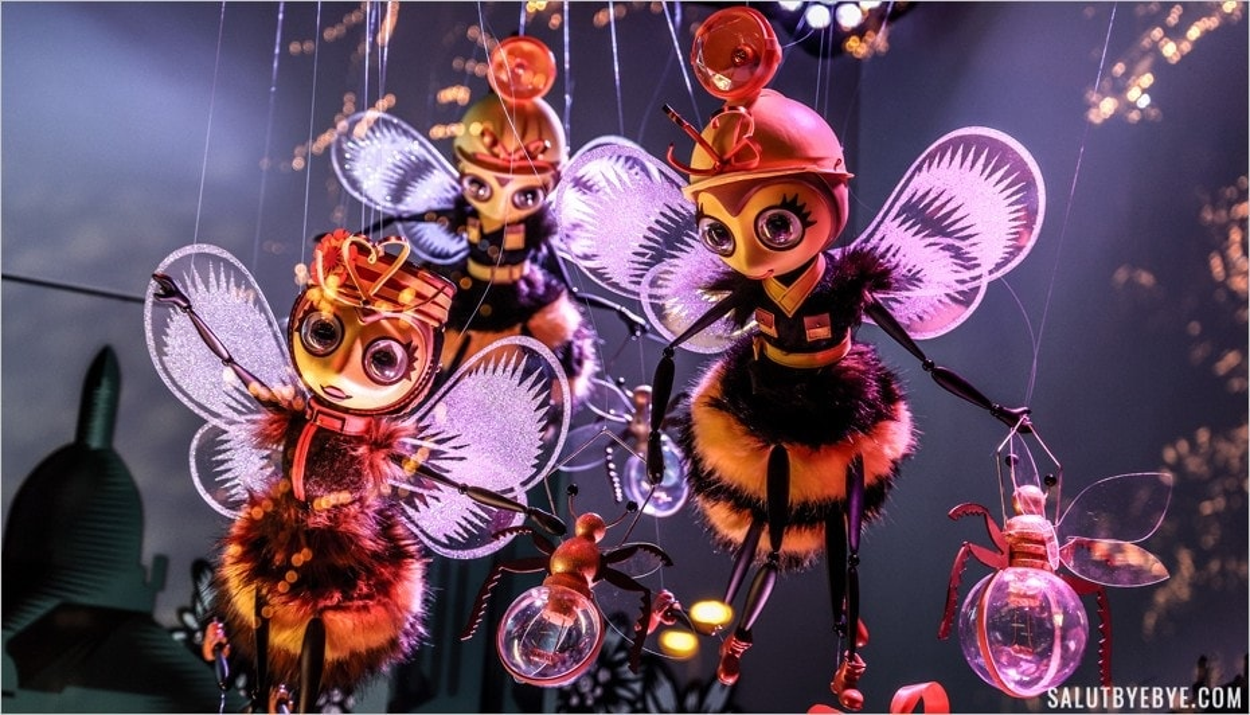 La ruche de Noël 2019 sur le boulevard Haussmann