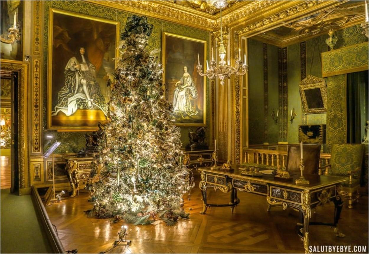 La beauté du château sublimée à Noël