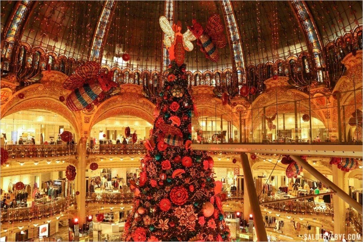 Le sapin de Noël des Galeries Lafayette 2019
