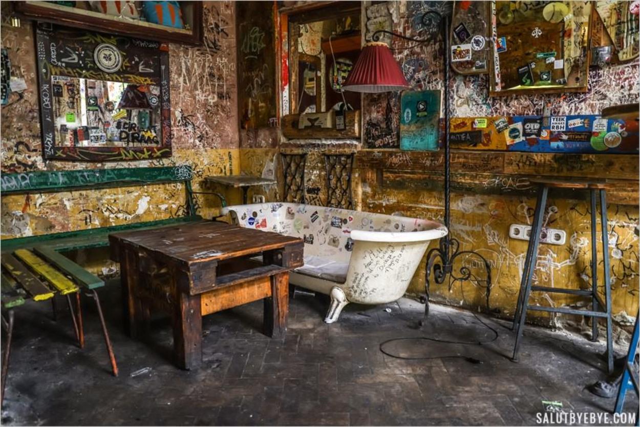 Ruin Bars à Budapest - Szimpla Kert