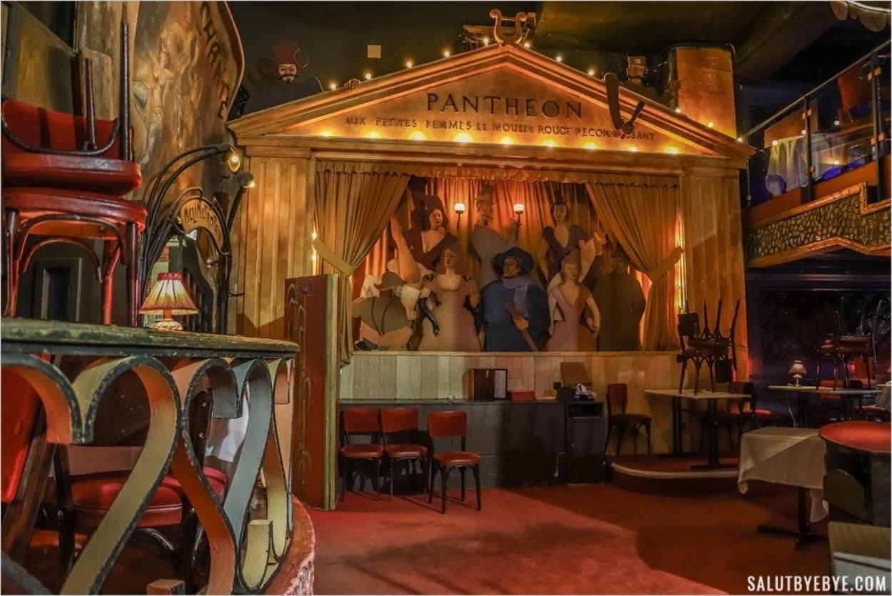 Le Panthéon - Aux petites femmes le Moulin Rouge reconnaissant