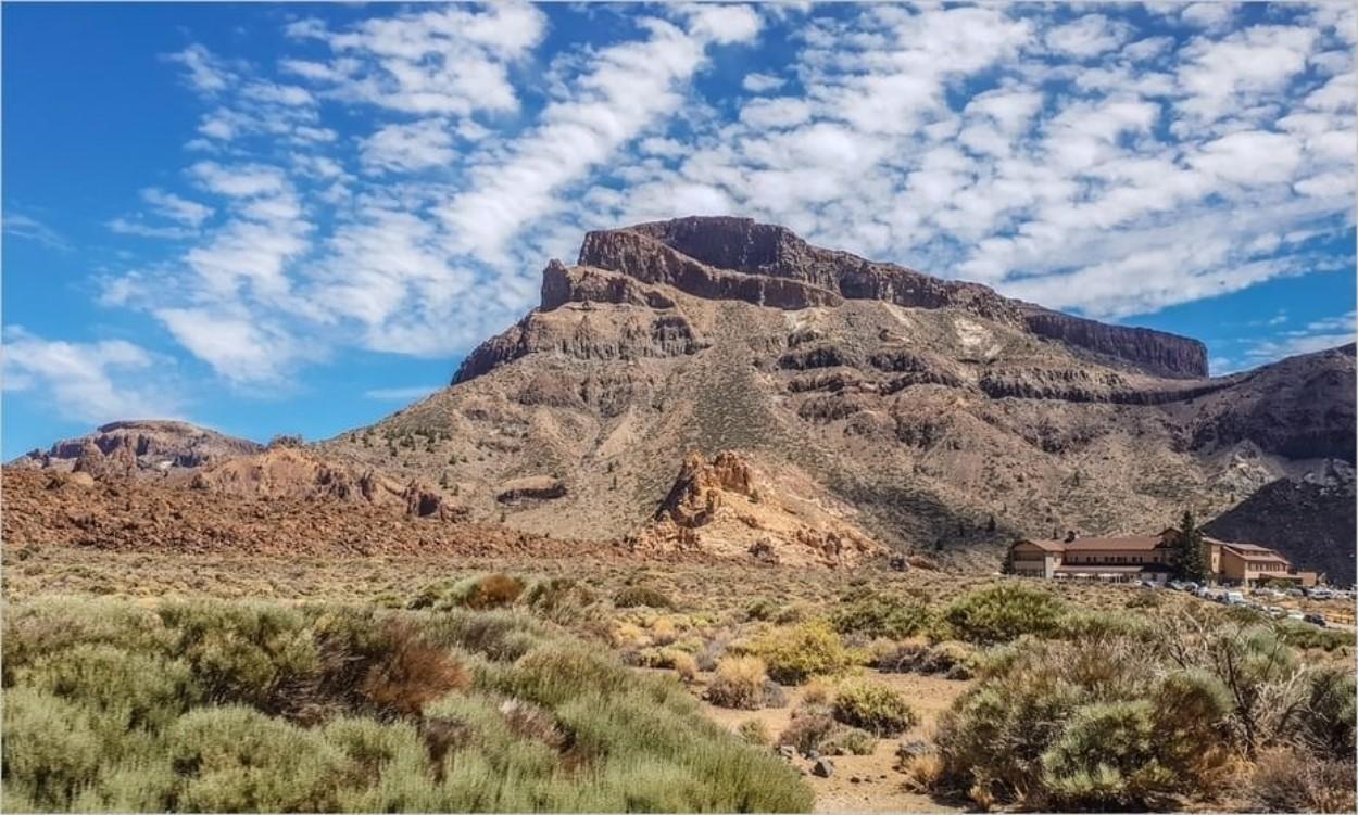 L'hôtel Parador, niché dans le parc national du Teide