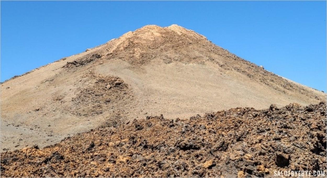 Le sommet du Teide à 3718 mètres d'altitude