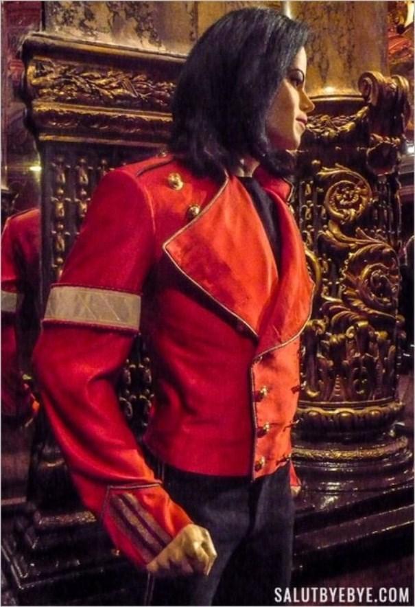 Statue de cire de Michael Jackson au musée Grévin