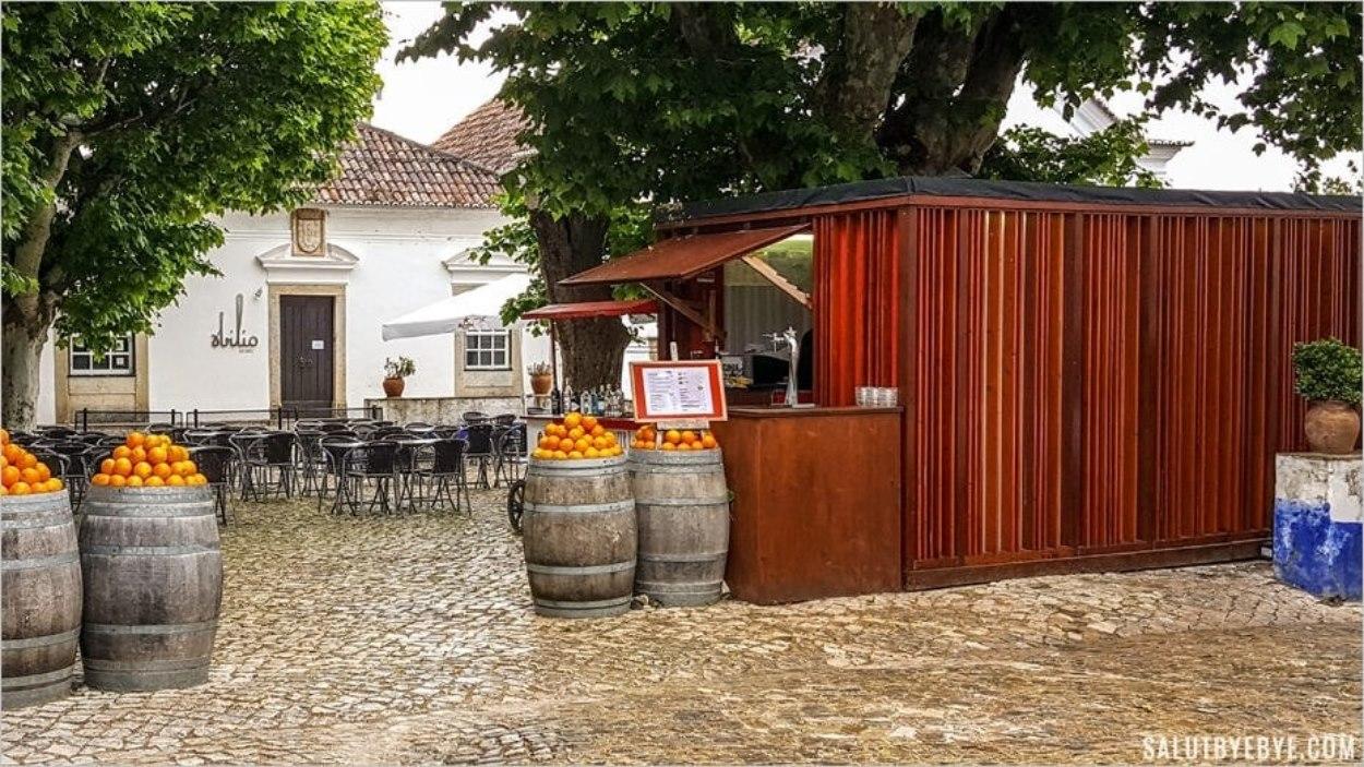 Terrasse de restaurant à Obidos