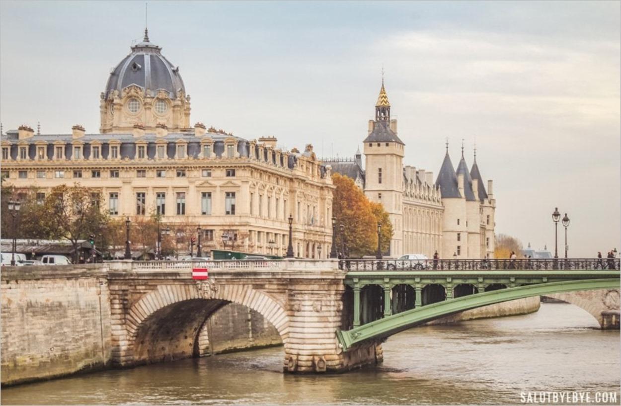 Le Pont Notre-Dame à Paris