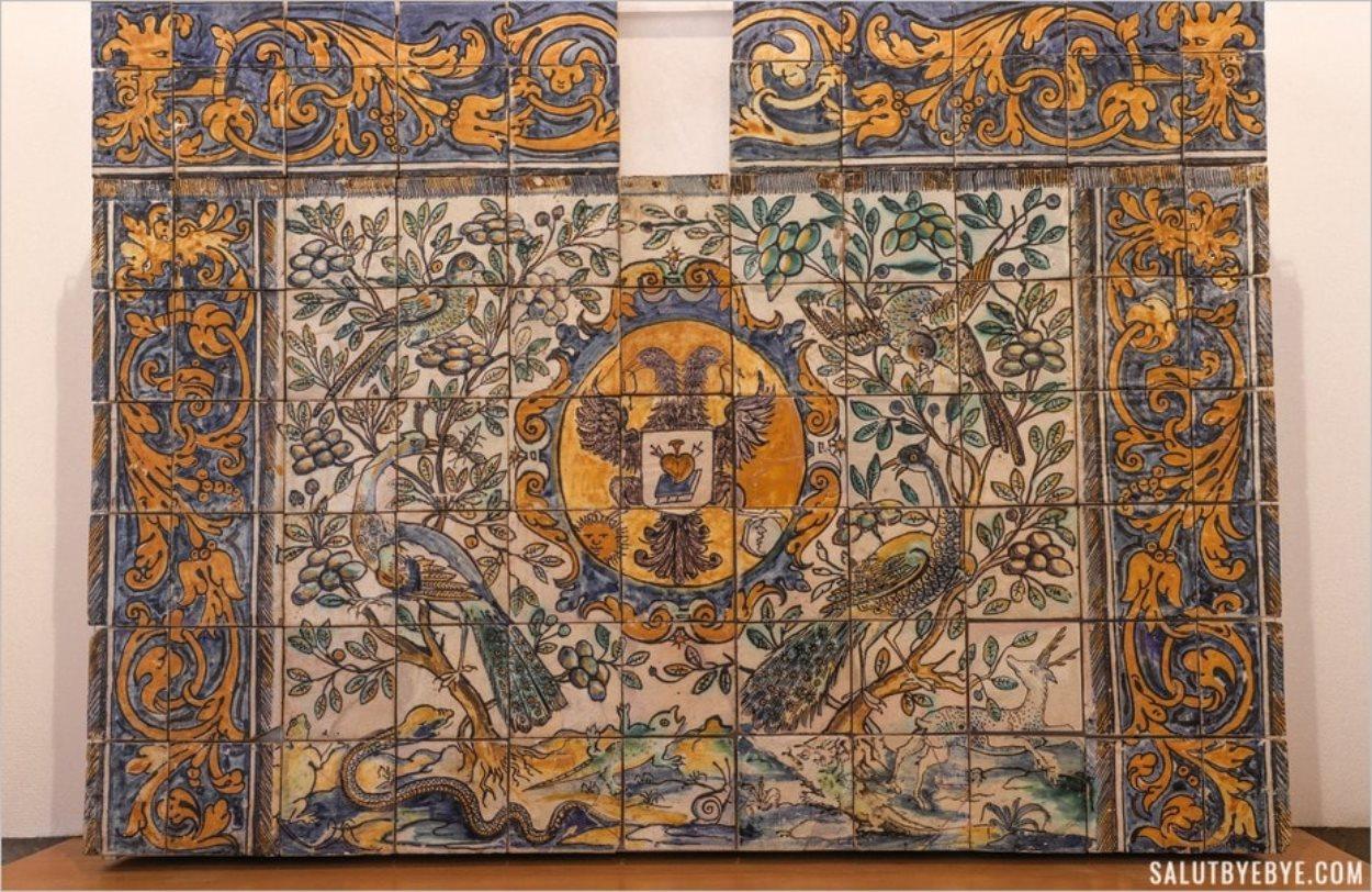 Une création en azulejos au Portugal