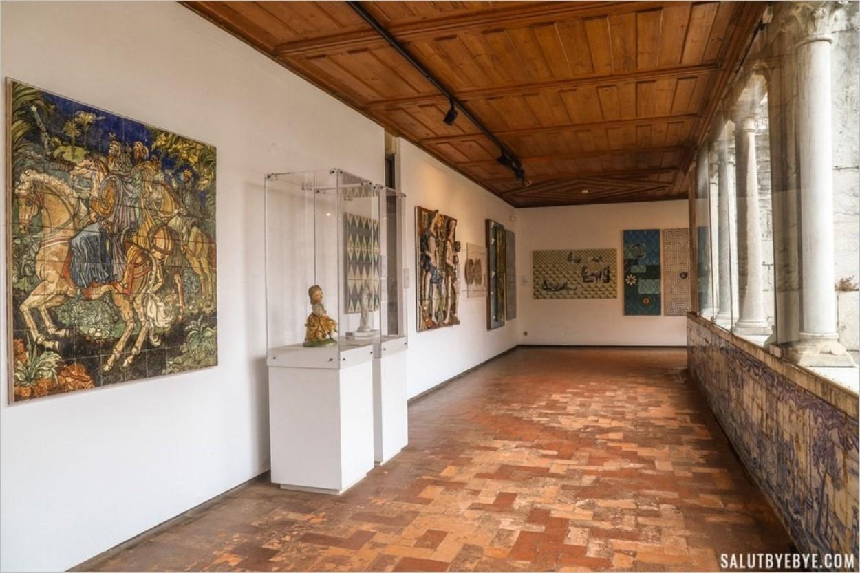 A l'étage du musée de la faïence à Lisbonne