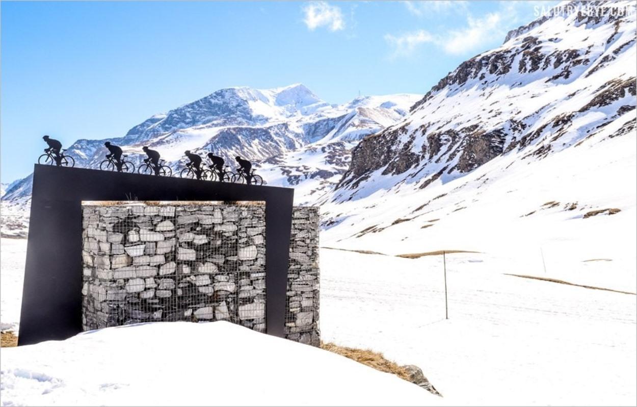 Randonnée vers le col du Mont Cenis en Savoie