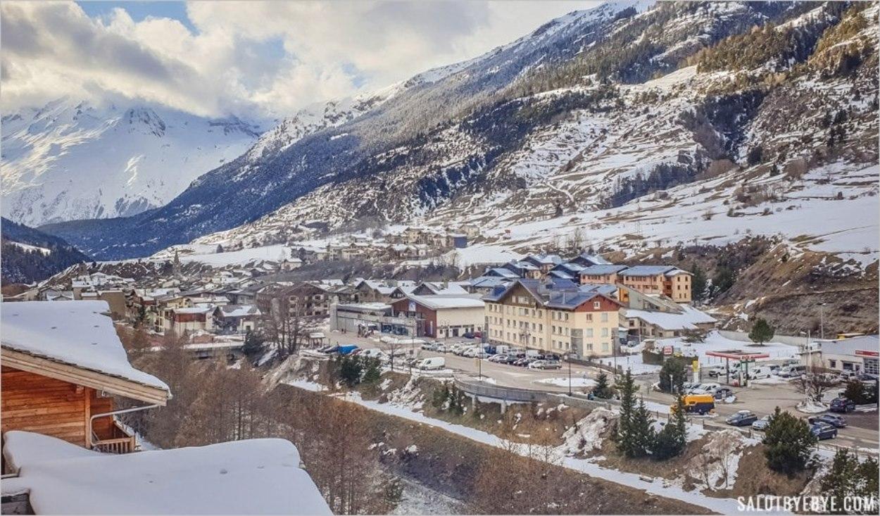 Vue sur Val Cenis depuis l'hôtel Saint Charles