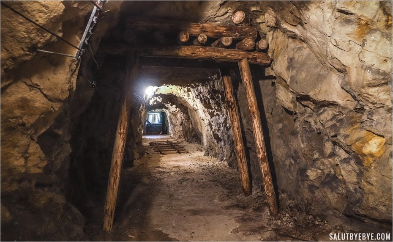 Les tunnels du projet Riese