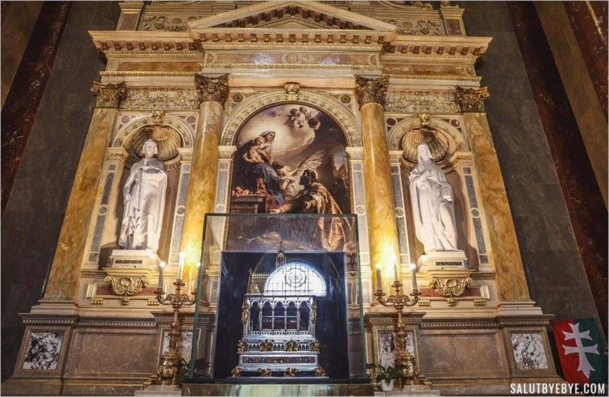 Reliquaire renfermant la main de Saint-Etienne de Budapest