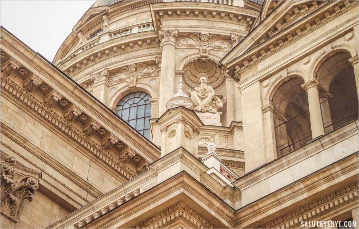 Façade de la basilique de Budapest