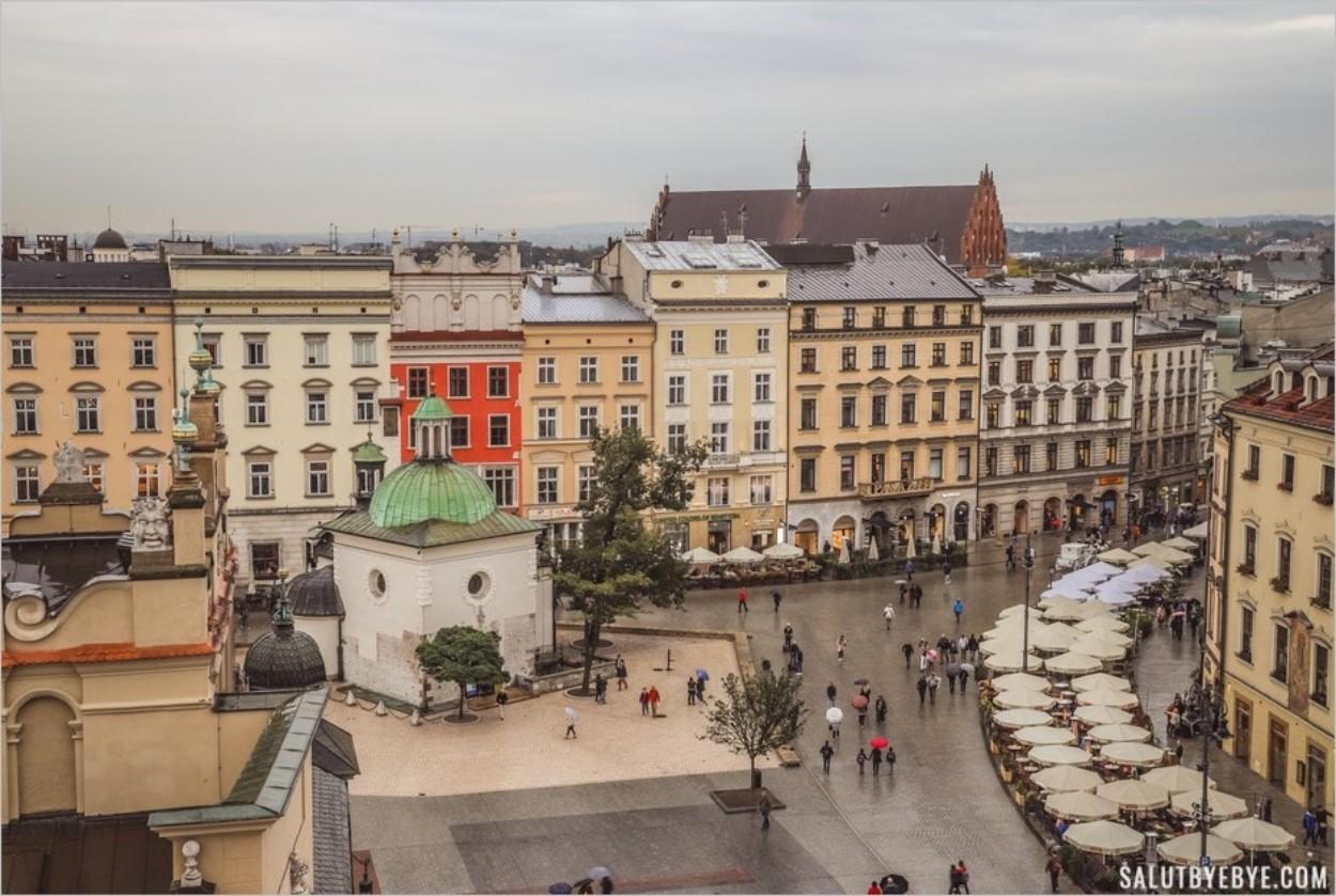 L'église Saint Adalbert vue depuis la tour de l'hôtel de ville de Cracovie