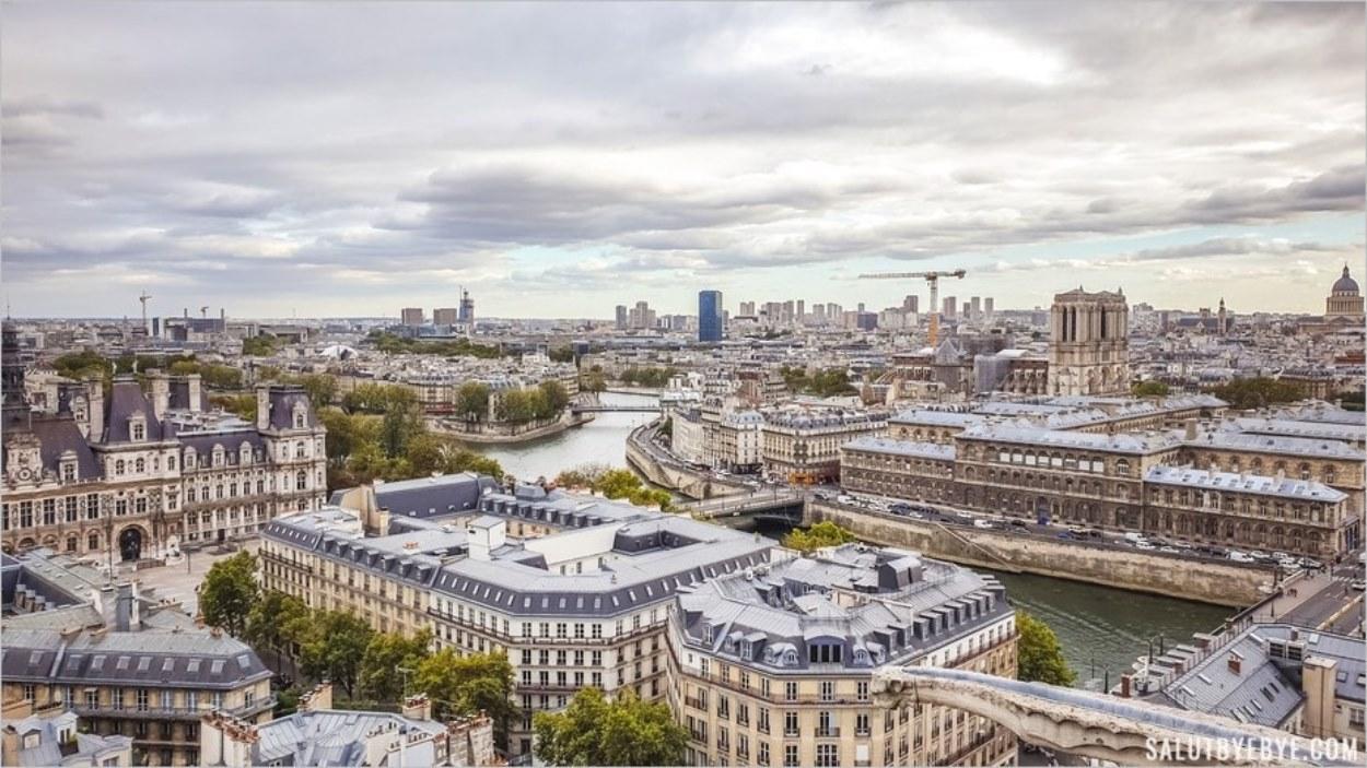 La mairie de Paris et la Seine