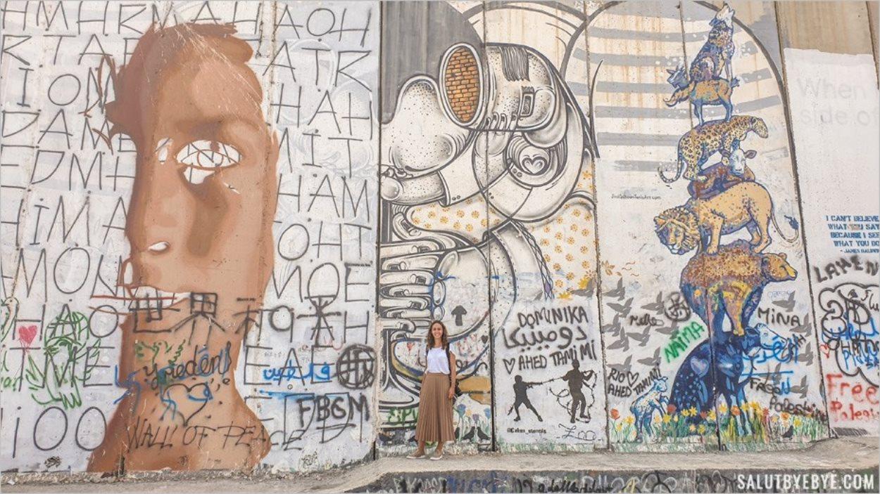Au pied du mur de séparation entre Israël et Palestine