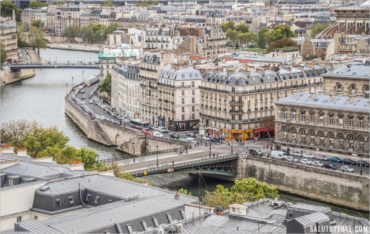 Le Pont d'Arcole vers l'île de la Cité