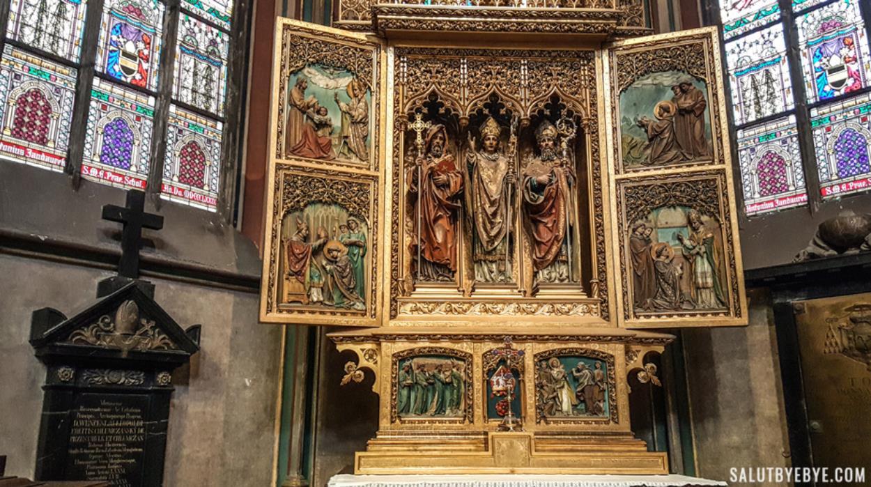 ntérieur de la cathédrale Saint Guy au château de Prague