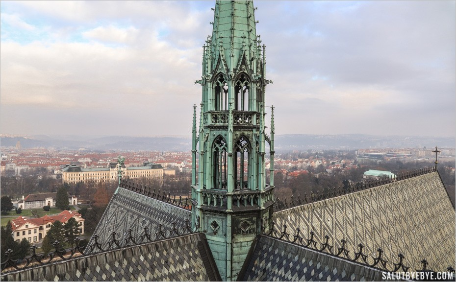 Tour panoramique de la cathédrale Saint Guy à Prague