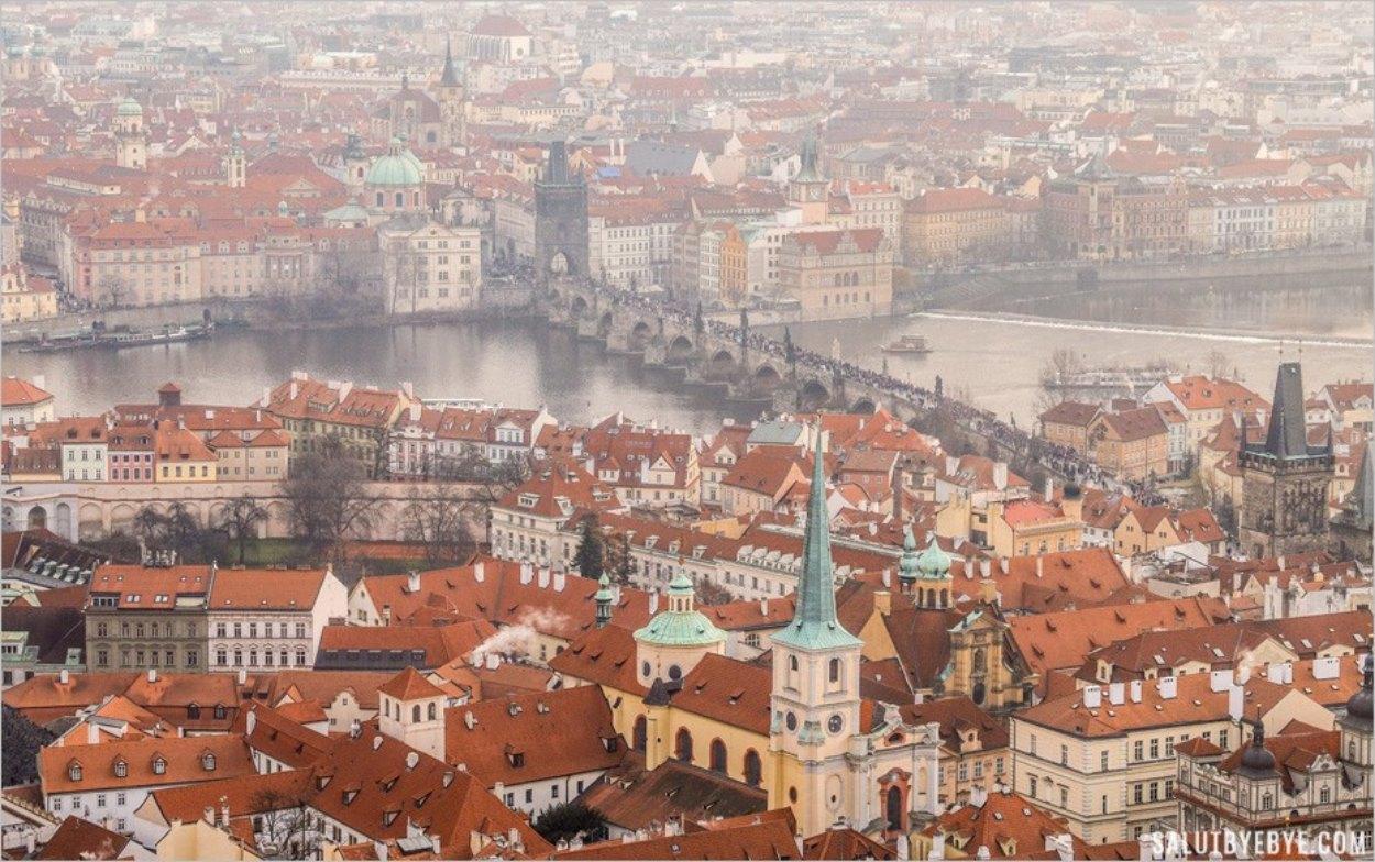 Visite du château de Prague, un lieu aussi gigantesque que varié !
