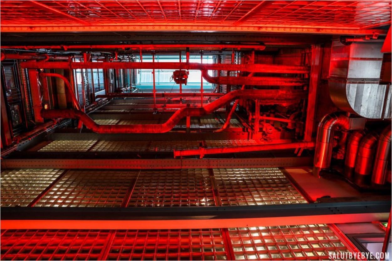 La hauteur de la Guinness Storehouse depuis l'escalator