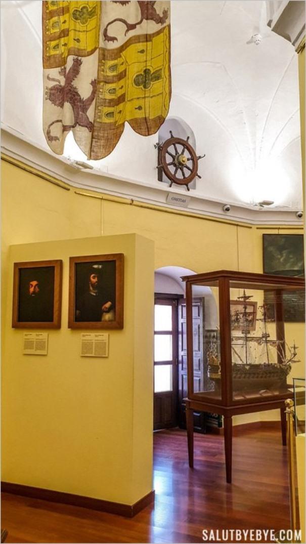 Intérieur du musée de la Torre del Oro