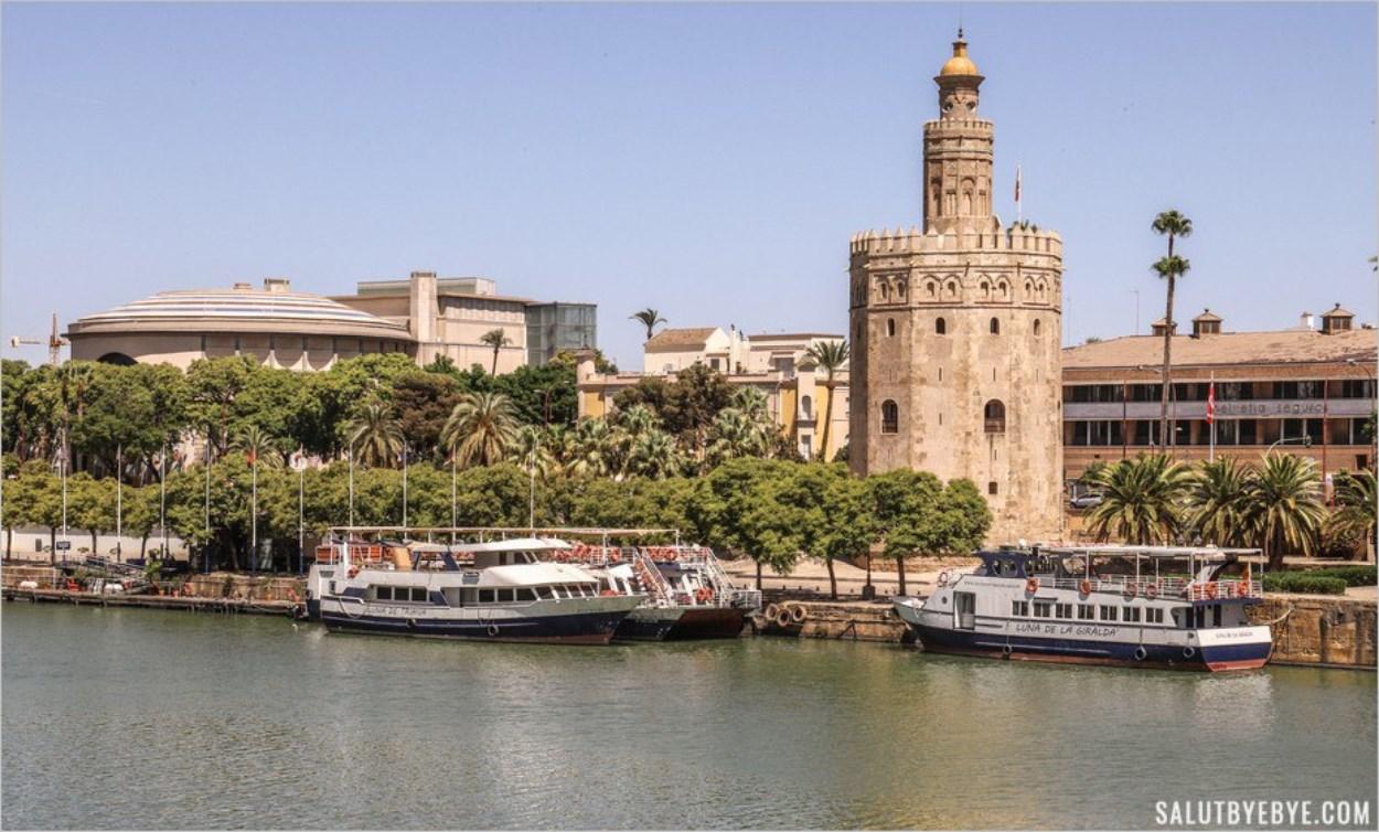 La Tour de l'Or au bord du Guadalquivir