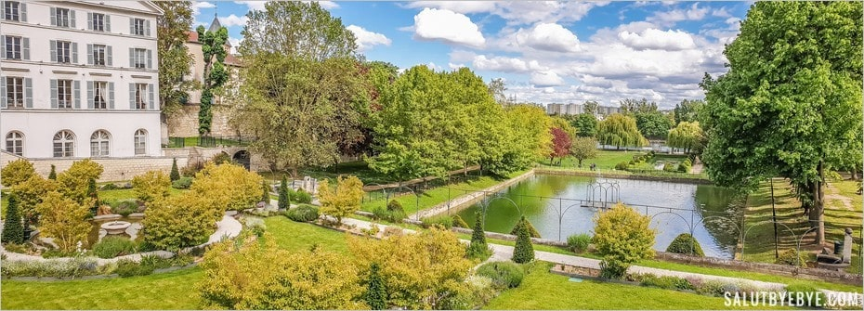 Le parc de Carrières-sur-Seine et ses étages qui descendent vers la Seine