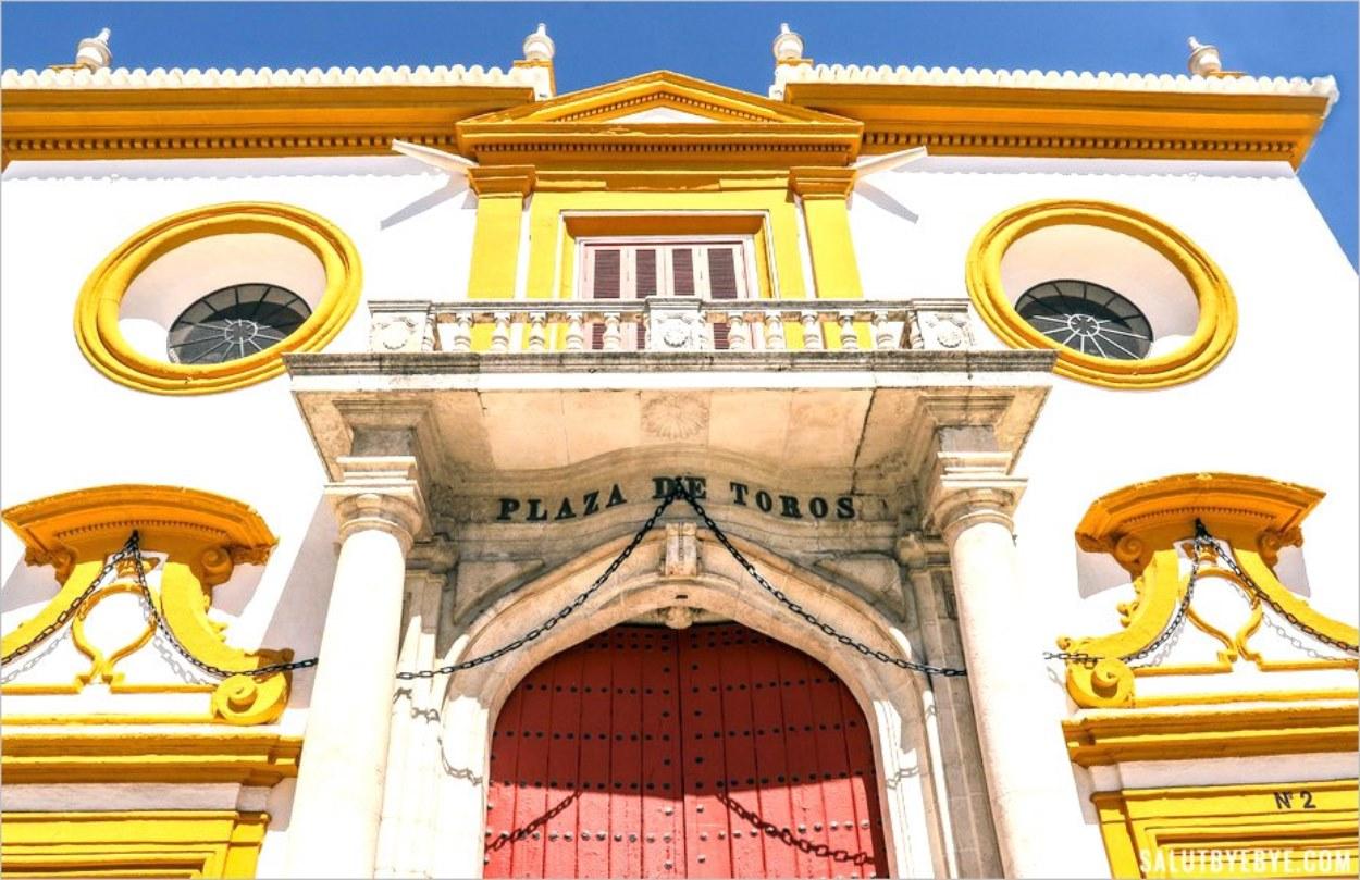 L'entrée de la Plaza de Toros de la Real Maestranza