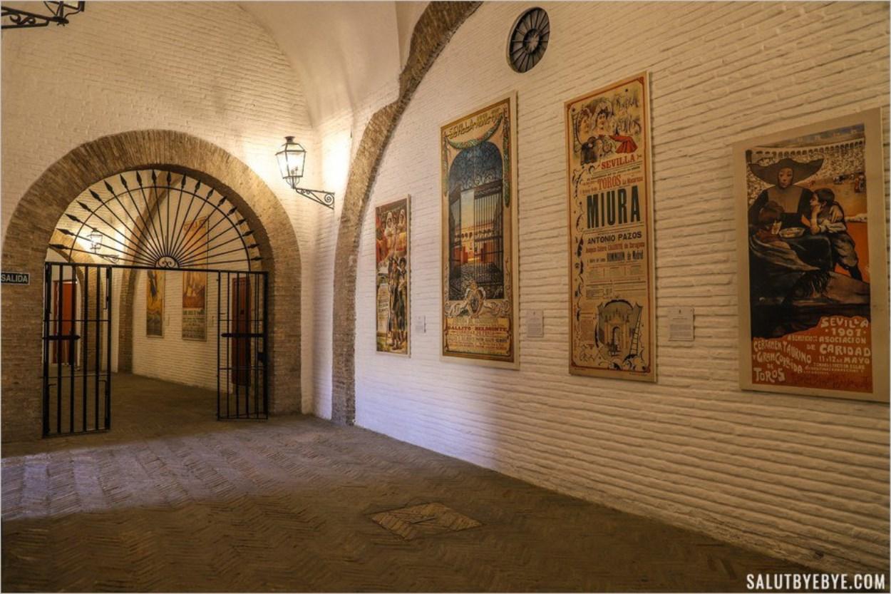 La galerie intérieure des arènes de Séville