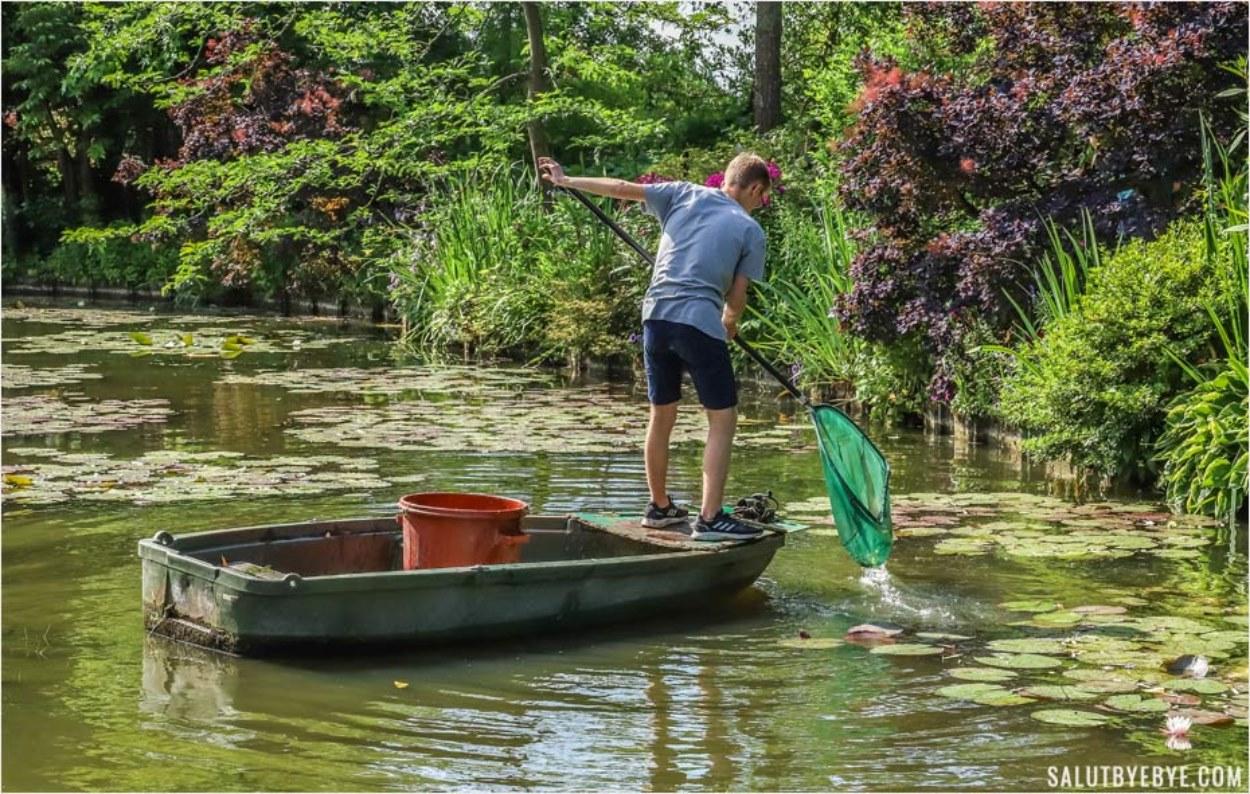 Entretien des jardins de Monet à Giverny