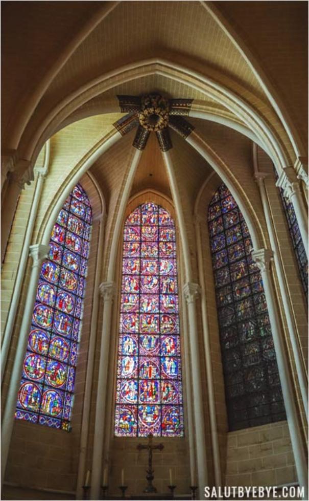 Chapelle axiale des Apôtres à Chartres