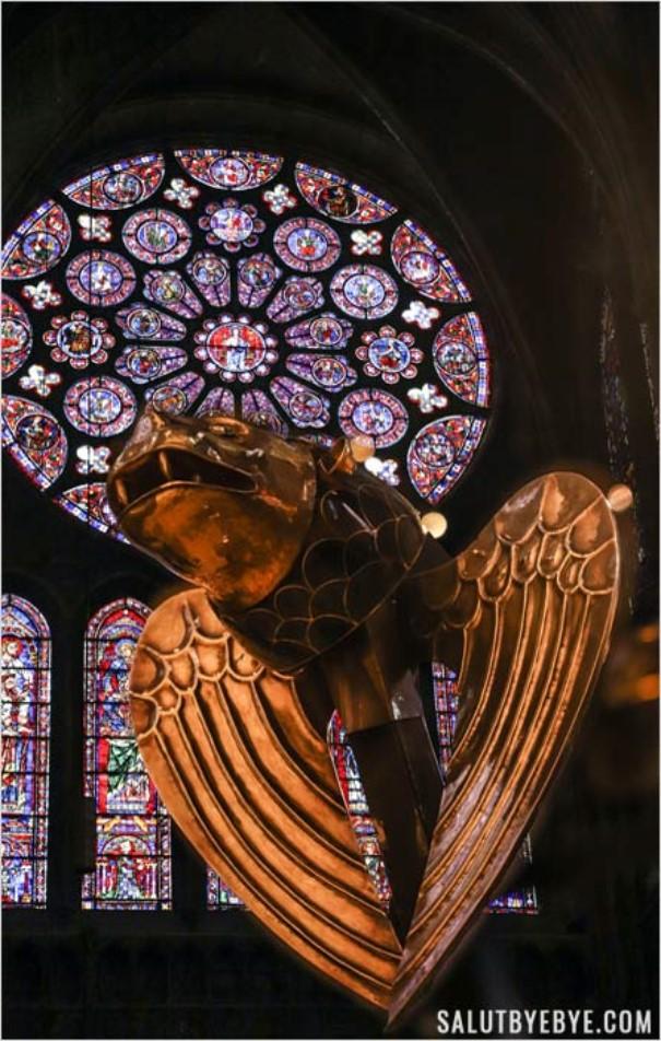 Détail intérieur de la cathédrale de Chartres