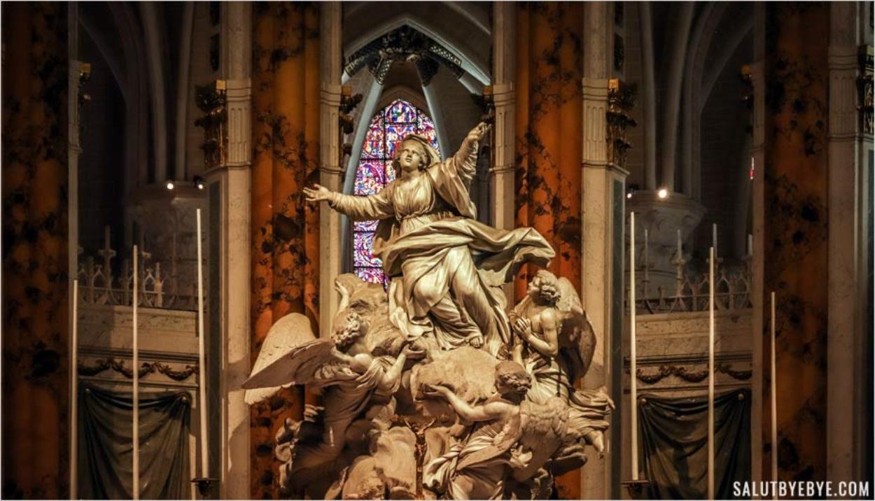 Maître-autel de la cathédrale de Chartres