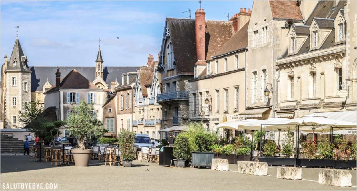 Ambiance autour de la cathédrale de Chartres